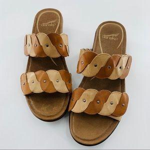 New Women's Dansko Dee Sandals